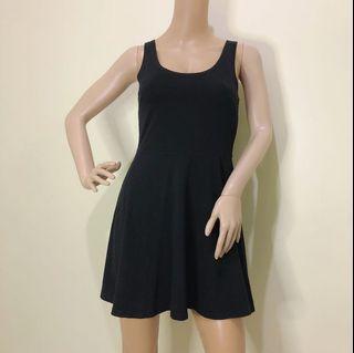Size XS Skater Dress Black