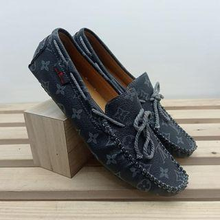 The Arizona moccasin in gray size 42-44