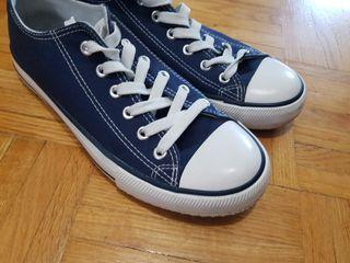 Unisex blue sneakers