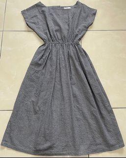 方領黑白細格洋裝