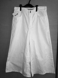 ❤️ NEXT JEANS White Culottes