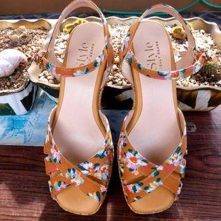 Jelly beans sandals