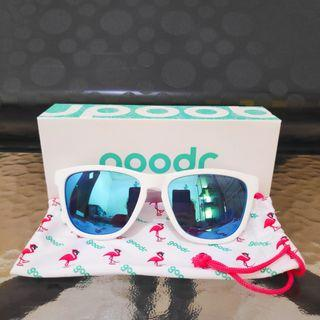 Kacamata Lari / Sepeda Goodr Sunglasses - Iced by Yetis