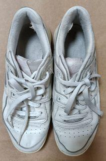 銳跑REEBOK白色復古休閒運動鞋