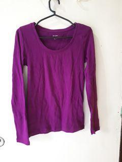 Violet pullover