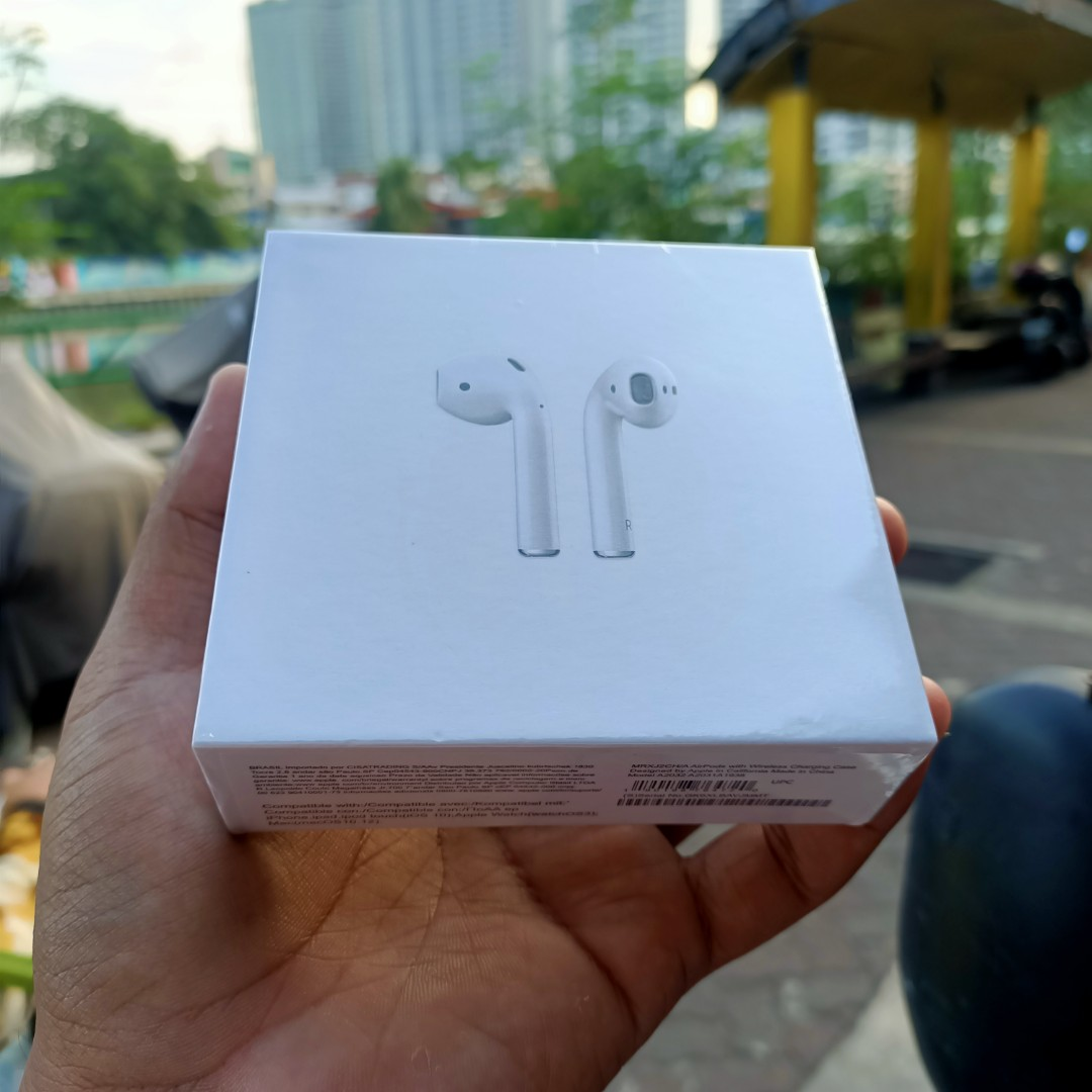 FREE SHIPPING Airpods 2nd Gen Wireless Charging Latest ...