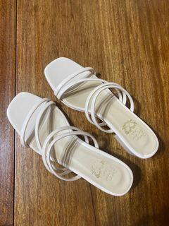 休閒涼拖鞋