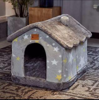 BRAND NEW cute velvet dog/cat bed