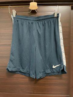 Nike男子休閒短褲