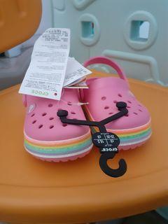 Sandal Crocs Rainbow