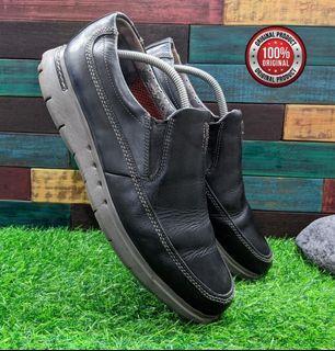 sepatu Clarks Unbyner Easy Black Leather SLIP-ON LOAFER Size 44 insole 29,5