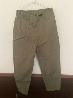 Converse 軍綠繭型長褲 上寬下窄版型 尺寸:3號