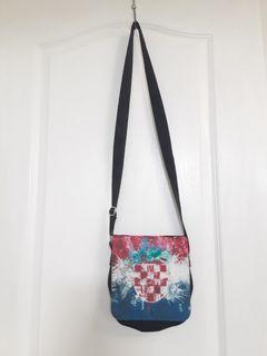 Croatian cross body purse