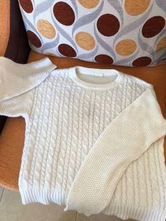 sweater knitwear white GU uniqlo