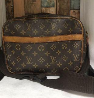 Vintage LV messenger bag