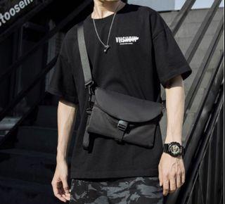 中性黑色斜背包、側背包、小跨包 #支持