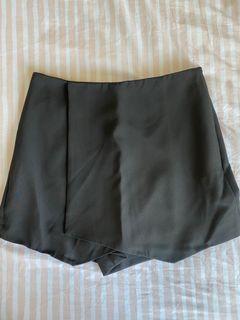 Mango Black Skort (short &skirt)