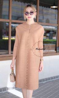 Premium pleats dress