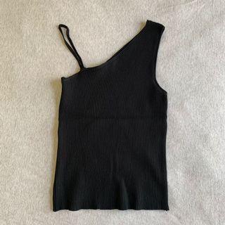 黑色斜肩性感造型背心
