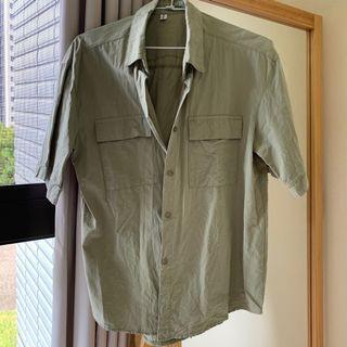 軍綠色棉麻寬鬆襯衫