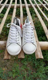 Sepatu Alexanser MCQueen