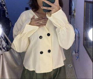 cream baloon blouse