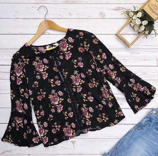 Forever 21 Floral Blouse ❤️
