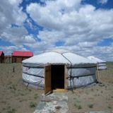 nomads-closet