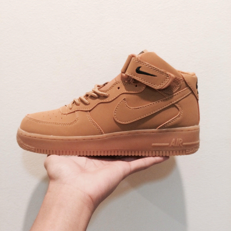 shoeshopbox
