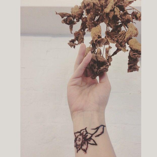accessory_rose