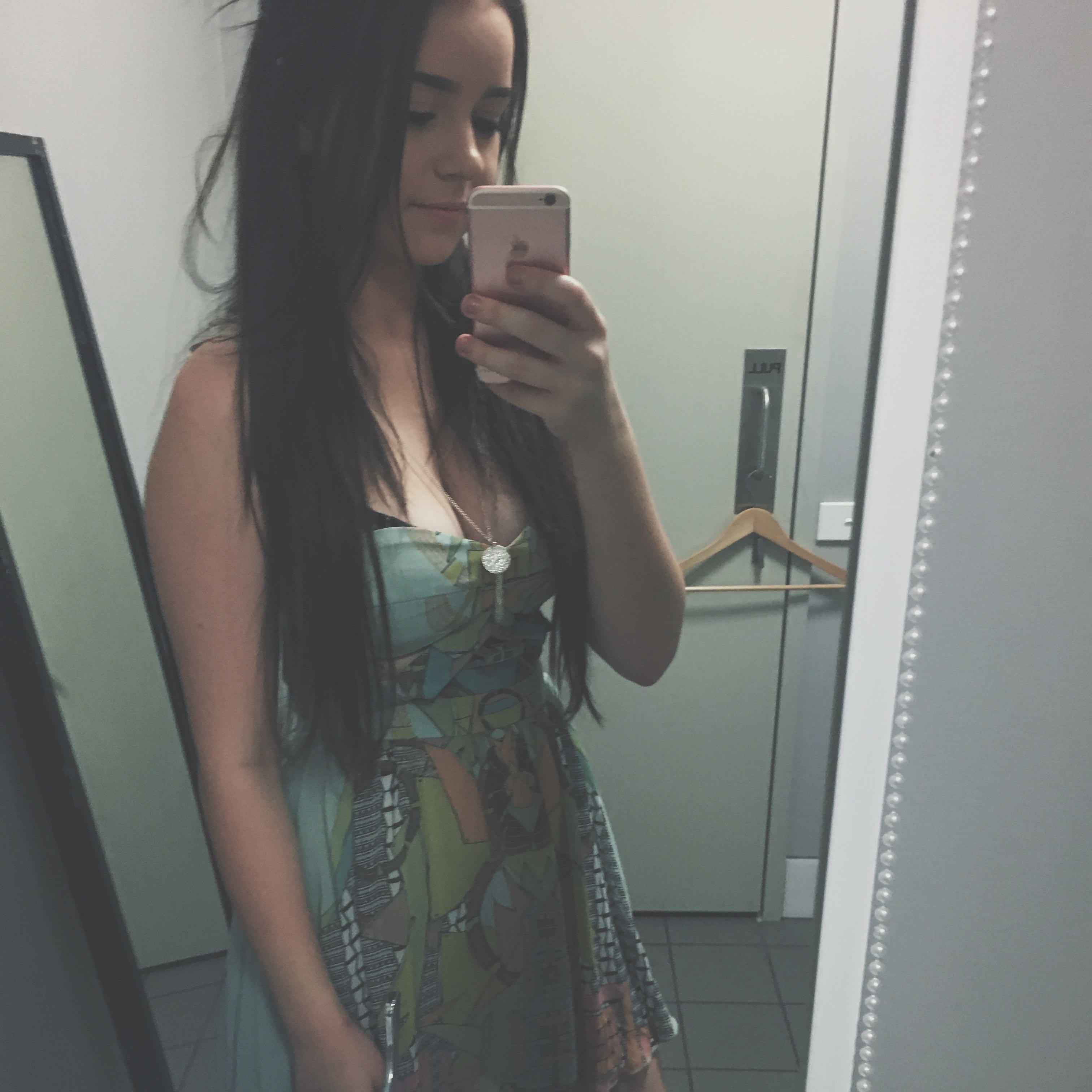 annabel_saxon