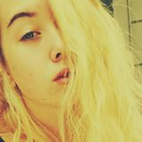 lily_hollis07