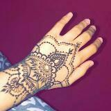 henna_and_detailed_drawing