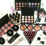 make_up_obsessed