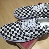 johan_shoes
