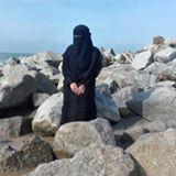 nik_aira