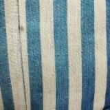 stripedblueroom