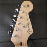 guitarplayer200