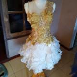 koesoema_dress