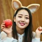 bless_yves_apple