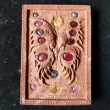 louis.supreme.amulets