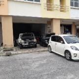 805_garage