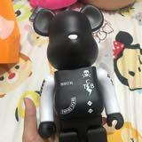 bearbrick_nuts