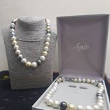 asnie_pearls
