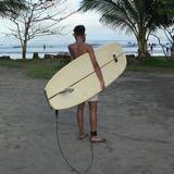 josh_surfs