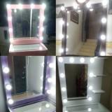 vanity_mirror