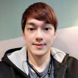 lyuhong_yi