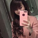 naomy_riz